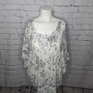 Miss Me sheer lacey blouse w/kimono sleeves Sz L